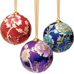 The Met Store - William Morris Cloisonné Christmas Ornament Set