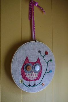 I'm thinking of stitching an owl sometime in the near future so I'm pinning some cute owls for inspiration!