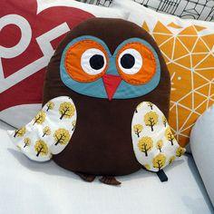 Vitra Owl Pillow