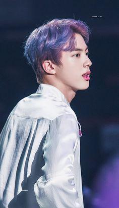 """seokjin looks like a disney prince with purple hair; a thread"" Jimin, Bts Jin, Bts Bangtan Boy, Seokjin, Seoul, Mnet Asian Music Awards, Kpop, Worldwide Handsome, Bts Photo"