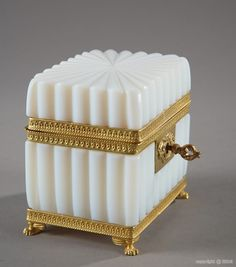 "French mid century white opaline rectangular glass ""casket"" mounted with gilded brass and resting on four lion's paws. Antique Tea Sets, Antique Boxes, Vanity Box, Bottle Box, Pretty Box, Glass Boxes, Jewellery Boxes, Opaline, Objet D'art"