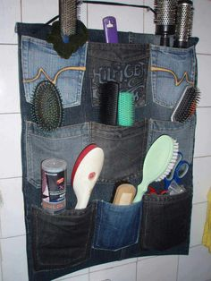 Oh so that's what I can do with all the old jeans I saved. Jean Crafts, Denim Crafts, Pocket Craft, Recycling, Denim Ideas, Pocket Organizer, Jeans Material, Recycled Denim, Diy Clothing