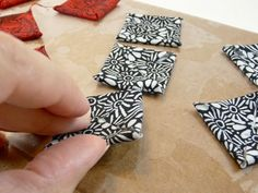 How to Make Stiffened Fabric Jewelry « CraftyPod