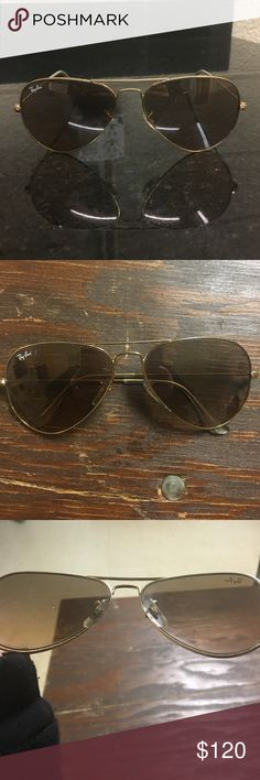 Ray Ban Men's aviator brown sunglasses Slightly worn but look brand new. Gold frames. Brown gradient lenses RB 3025 Ray-Ban Accessories Sunglasses