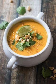 Thai Sweet Potato and Carrot Soup Recipe - a hearty and delicious soup in under 30 minutes! It's delicious! Soup Recipes, Vegetarian Recipes, Cooking Recipes, Healthy Recipes, Milk Recipes, Sweet Potato Carrot Soup, Think Food, Soup And Salad, Soups And Stews