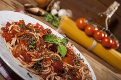 Low GL Spaghetti Bolognese Recipe - Low GL Diet Recipes - TotallyNourish.com