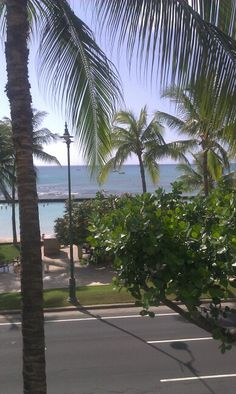 Waikiki Beach from Tiki's