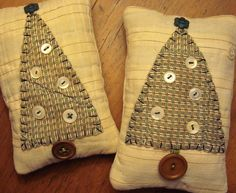 primitive fabric crafts | Pair Tiny Primitive Original Fabric Folk Art ... | Christmas Crafts