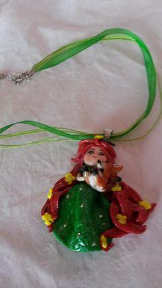 Collier ras du cou avec figurine en pate fimo