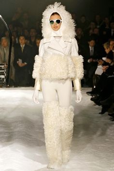 fall 2012 ready-to-wear  Moncler Gamme Rouge  Runway  view fullscreen ›
