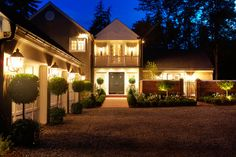 The exterior is just as amazing as the interior, Check out those potted trees.    ~thelennoxx.com