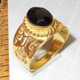 Pietre semipreziose di modo anelli all'ingrosso India. Nero onice sfaccettato Anelli d'oro vermeil India.
