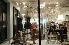 ♥ vintage inspired retail window display ♥-
