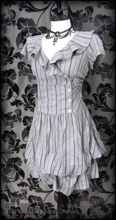 Victorian Grey Purple Stripe Ruffle Hitched Dress 14 Steampunk Romantic Vintage | THE WILTED ROSE GARDEN