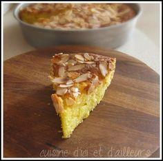 Gâteau au yaourt aux pommes et amandes