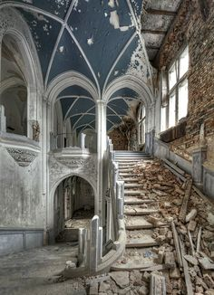 #Abandoned Balintore Castle near Kirriemuir in Angus, Scotland. The Baronial style castle is a Category A listed building and was designed by architect William Burn. Built in 1860, it was abandoned to dry rot in the 1960s and lay empty until 2007. It is now being restored so it can live 'happily ever after'...