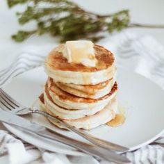 Easy Flapjack Recipe With Yummy Serving Ideas Kitchen Recipes, My Recipes, Dessert Recipes, Cooking Recipes, Desserts, Healthy Recipes, Easy Flapjacks, Drop Scones, Fridge Cake