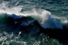 WAVES FROM PORTUGAL. TONE LEPSOES PICTURES.