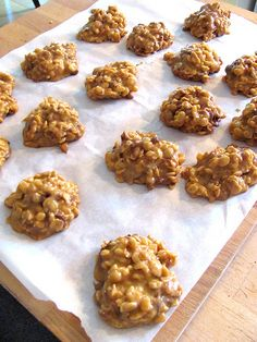 This is the real source of this recipe:  STOVE TOP PEANUT BUTTER CEREAL COOKIES Ingredients 1 cup white sugar1 1/3 cups peanut butter1 cup white corn syrup4 cups high protein cris…