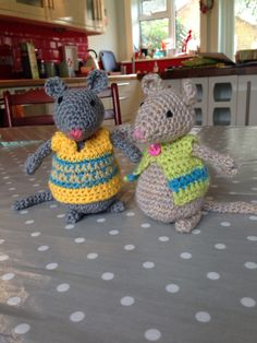 http://www.amigurumitogo.com/2013/11/how-to-crochet-mouse-video.html?m=1  My version!!