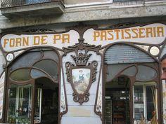Forn de pa pastisseria by Carlos, Ana, Darío y Hernán, via Flickr