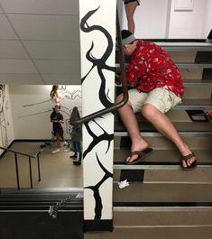 students working on tape mural in hallway Group Art Projects, High School Art Projects, School Ideas, Murals Street Art, Mural Art, Linear Perspective Drawing, Tape Wall Art, 3d Art Drawing, Art Classroom