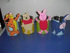 Resultado de imagen de enfeitar latas com eva Baby Birthday, Gender Reveal, Games For Kids, Winnie The Pooh, Pikachu, Planter Pots, Centerpieces, Baby Shoes, Crafts