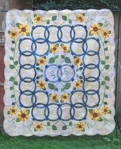"""""""Wedding Rings for Mavis and CJ"""" (daughter and son-in-law) by Fran Kordek at Subtle Endeavors (West Virginia) Quilt Border, Border Print, Sunflower Quilts, Double Wedding Rings, Wedding Ring Quilt, Quilting Designs, Quilting Ideas, Daisies, Sunflowers"""