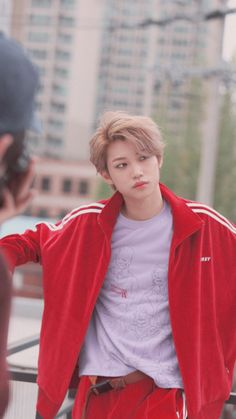 Check out Stray Kids @ Iomoio Lee Min Ho, Sung Lee, 365days, Felix Stray Kids, Kid Memes, Kids Wallpaper, Lee Know, Kpop Boy, K Pop