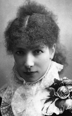 Sarah Bernhardt (1844-1923), one of the first great 'stars' of the world stage. As well as being considered one of the greatest actors of all time, she was noted for her 'larger than life' personality & extravagant lifestyle, 1875.