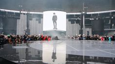Indochine - Arrivée du groupe sur scène, Stade de France