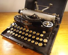 oz.Typewriter: The Original Noiseless Portable Typewriter