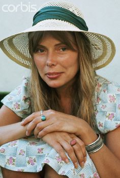 what a great photo of Joni Mitchell! #jonimitchell