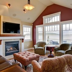 Modern Room Colors, Interior Design and Decor in Red Colors Accent Walls In Living Room, Living Room Color Schemes, Paint Colors For Living Room, Small Living Rooms, My Living Room, Wall Color Combination, Traditional Family Rooms, Red Walls, Yellow Walls