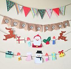 閲覧頂きありがとうございます! *ハッピーメリークリスマス*楽しいクリスマスのための飾り付けにいかがですか?☆基本セット☆ *ガーランド 約80cm~1m裏はテープでとめてあります。貼らずに紐と分けてのお届けも可能です。 ◇クラフト紙、画用紙、デザインペーパーで作製しております。◇丁寧を心がけてお作りしていますが、ハンドメイドなので型取り、ノリの跡、歪みなどが多少あることがあります。◇その時の画用紙や折り紙の在庫次第で見本のお色が変更になることがあります。ご理解頂ける方のみ購入をお願い致します。メリークリスマス サンタ ガーランド誕生日/お誕生会/プレゼント/壁面/部屋飾り/キッズ/ベビー/ハンドメイド/記念日/アンティーク/ガーランドクリスマス サンタ トナカイ 雪だるま プレゼント ツリー ガーランド 壁面 冬 Handmade Christmas Crafts, Winter Activities, Christen, Xmas Cards, Advent Calendar, Display, Crafty, Holiday Decor, Creema