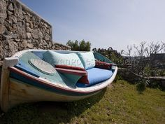 Boat sofa
