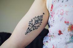 Ornement - Flower by Matik Tattoo