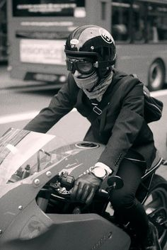 Ride to work : Motorcycle Mens Suit Open Face Helmet Goggles Scarf Halcyon Goggles available at www.BritishMotorcycleGear.com