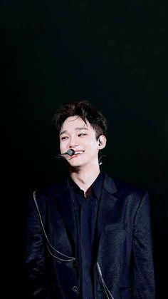 In the darkest of colors, you shine the brightest 💛 Daejeon, Chanyeol Baekhyun, Park Chanyeol, Kim Jong Dae, Ko Ko Bop, Korean Boy, Xiuchen, Kim Minseok, My Sun And Stars