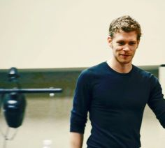 It's official: I'm obsessed with Joseph Morgan in long sleeves and henleys