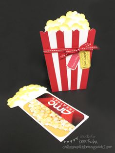 Movie Gift card to any theatre. Or any gift card. Could also use to wrap micro popcorn. Gift Cards Money, Diy Cards, Don D'argent, Popcorn Gift, Popcorn Theme, Movie Gift, Shaped Cards, Card Tutorials, Homemade Cards
