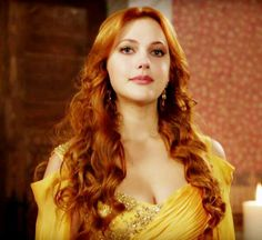 "Meryem Uzerli 💖 dans le rôle de Hürrem sultan dans le feuilleton turque "" Mühteşem Yüzyil"""