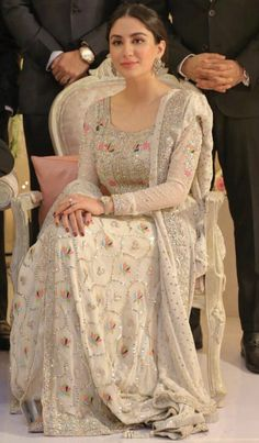 She's wearing zehra saleem for a wedding Pakistani Wedding Outfits, Pakistani Dresses Casual, Pakistani Wedding Dresses, Pakistani Dress Design, Bridal Outfits, Nikkah Dress, Sikh Wedding, Indian Designer Outfits, Indian Outfits