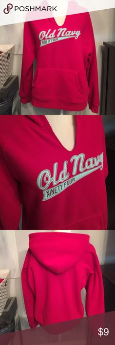 Old Navy Fleece Hoodie sweatshirt 100% polyester - runs small Old Navy Tops Sweatshirts & Hoodies