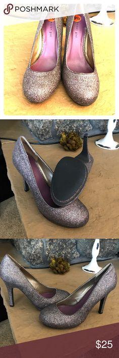 Madden girl multi sparkle heels Madden multi sparkle girl heels Size 9.5  Worn once! Madden Girl Shoes Heels