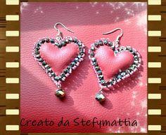 Orecchini cuore in ecopelle rossa,con cristalli e perline