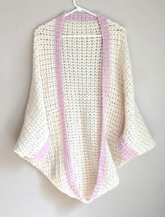 Crochet this gorgeous and comfy cocoon cardigan in no time! This pattern can be crocheted with only a few stitches and sewing. This pattern is a great beginner pattern!