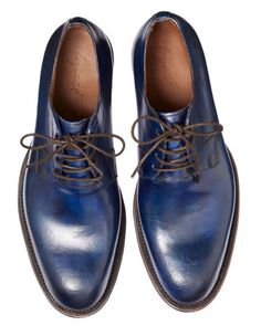 The Shoes by George Esquivel — a shade of midnight blue that looks black at night, but because of the hand-burnished patina, it picks up light in really interesting ways during the day. Me Too Shoes, Men's Shoes, Shoe Boots, Male Shoes, Sharp Dressed Man, Well Dressed Men, Fashion Shoes, Mens Fashion, Esquivel