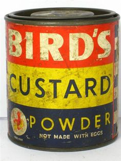 Bird's English Custard is perfect - but expensive, for basically cornstarch, salt and vanilla. Here is my recipe for a DIY version. My British husband loves it. Bird's Custard, Custard Powder, Custard Recipes, 1970s Childhood, My Childhood Memories, Vintage Tins, Vintage Labels, Vintage Baking, Vintage Food