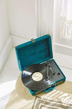 Crosley Cruiser Emerald Green Velvet Vinyl Record Player